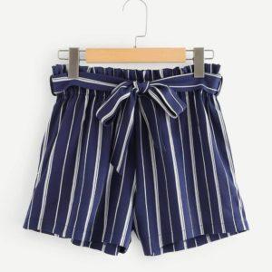 """Kratke hlače s črtami Machelle več barv - Kategorije  """"Oblačila  Hlače in kombinezoni  Ženske hlače"""""""