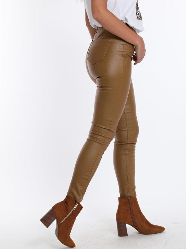 Rjave hlače iz eko usnja Cammel